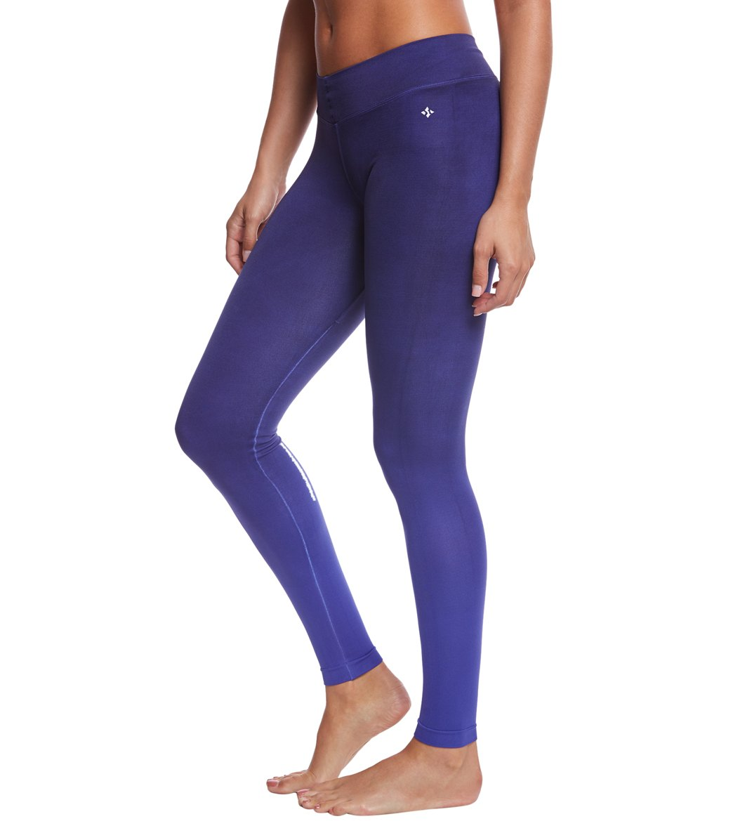NUX Ombre V-Ankle Seamless Yoga Leggings At SwimOutlet.com