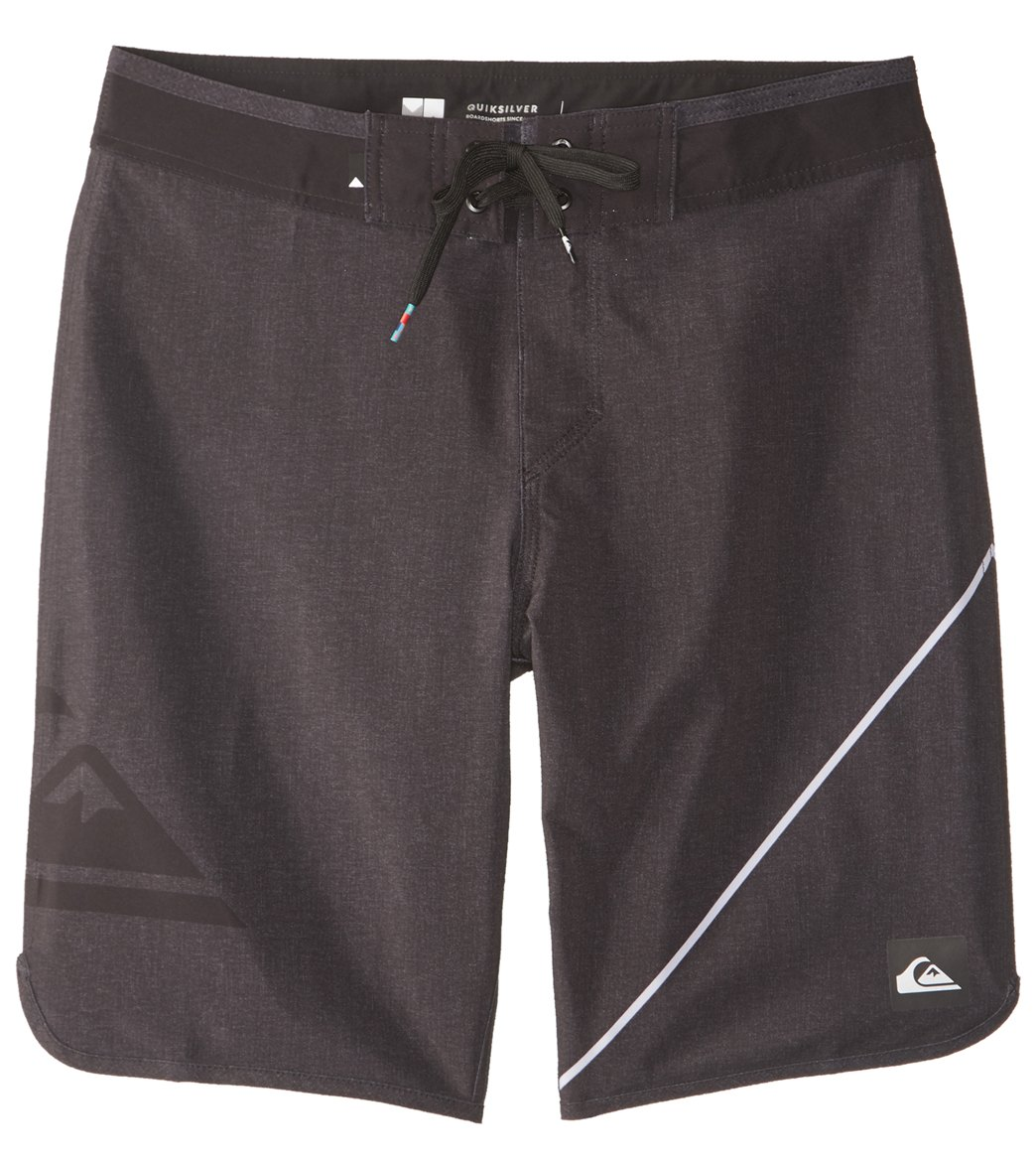 14cb4d3ea5 Quiksilver Men's New Wave Everyday Boardshort at SwimOutlet.com - Free  Shipping