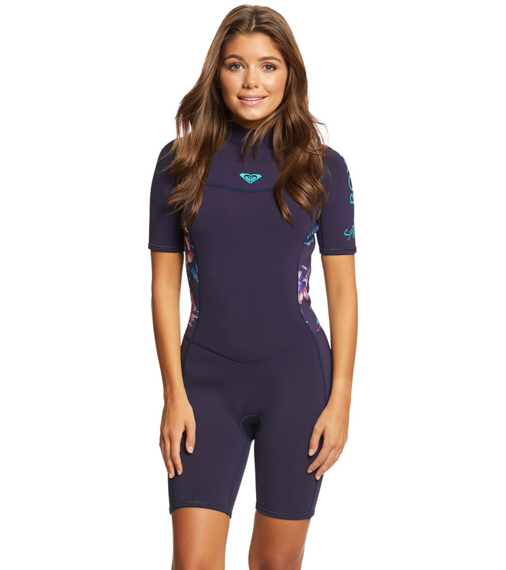 Roxy Women s 2 2MM Syncro Back Zip Short Sleeve Spring Suit at ... 495dd0efd