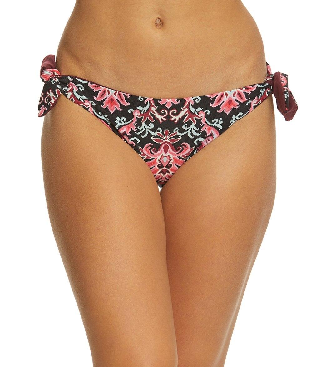f897585161 Kate Spade New York Oasis Beach Reversible Bikini Bottom at SwimOutlet.com  - Free Shipping
