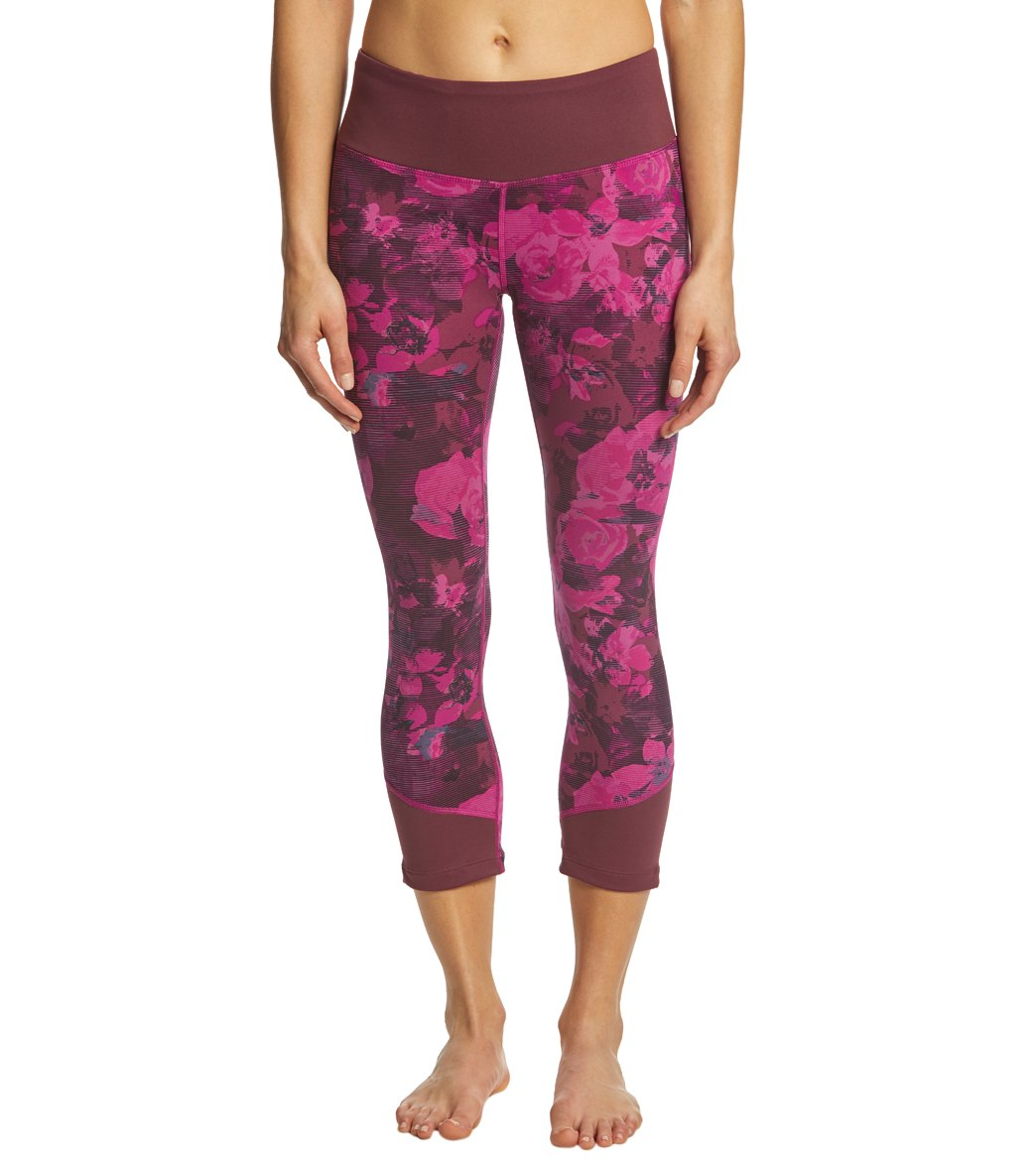 7dfb1a70e The North Face Women's Pulse Mid-Rise Crop