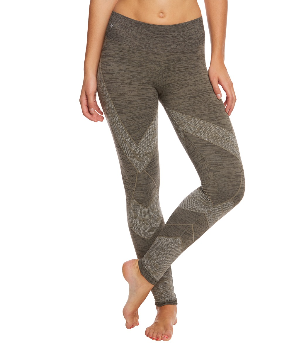 d514f708fb37e NUX Mckenzie Seamless Yoga Leggings at YogaOutlet.com - Free Shipping