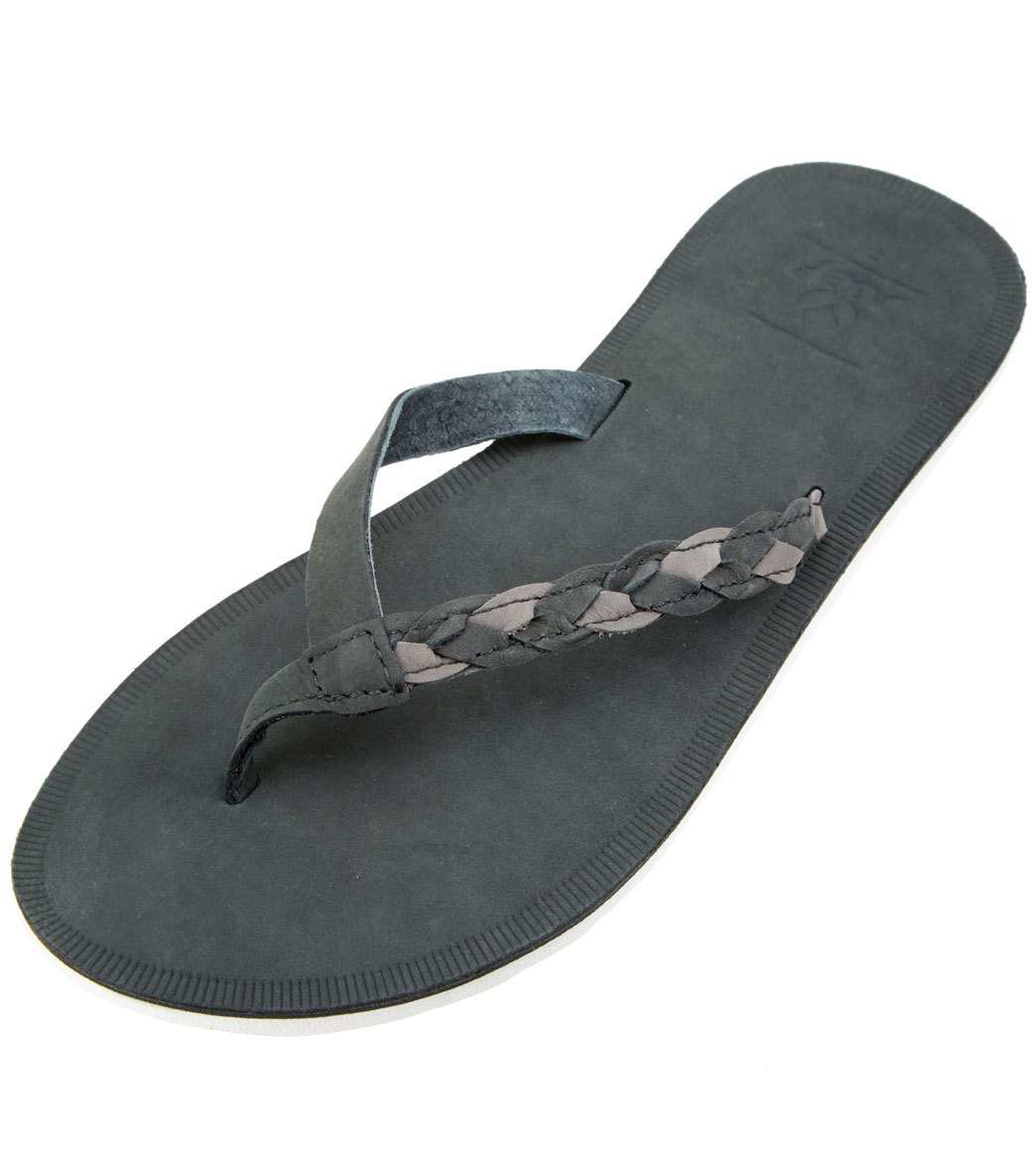 82072ebd8 Reef Women s Voyage Sunset Leather Flip Flop at SwimOutlet.com - Free  Shipping
