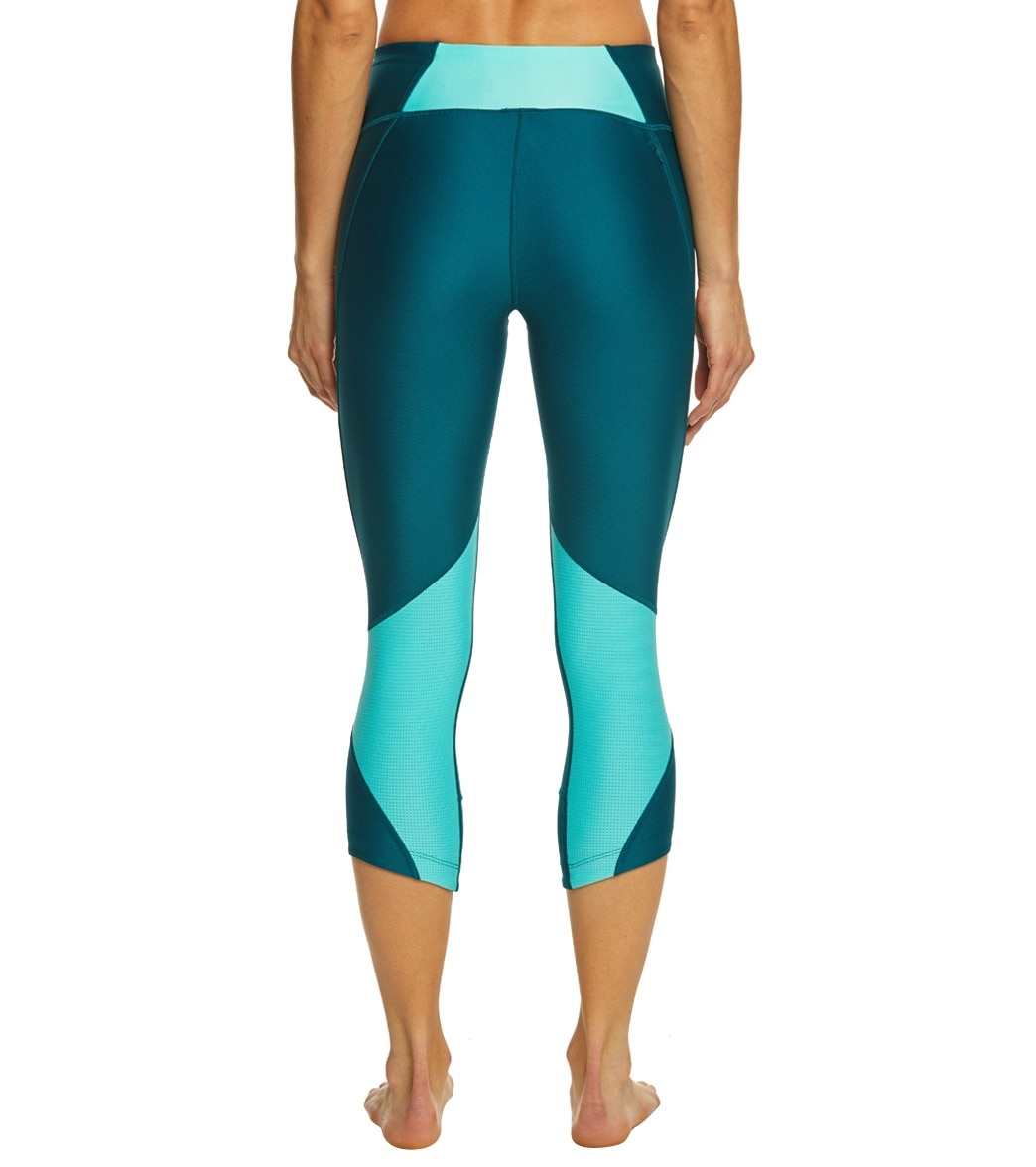 cbe913cd00 Under Armour Women's Armour Fly Fast Capri at SwimOutlet.com - Free Shipping
