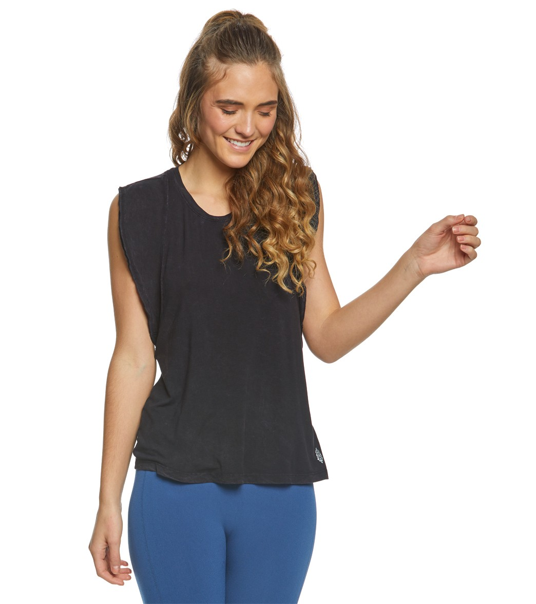 098567b8cf Free People Movement Ryder Yoga Tank Top at YogaOutlet.com