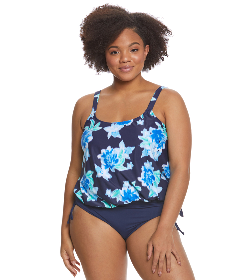 d6805a5981185 Beach House Plus Size Bungalow Bay Flower Sarah Tankini Top at  SwimOutlet.com - Free Shipping