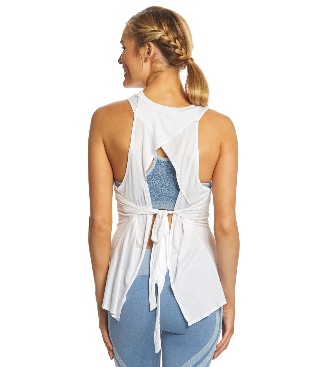 NUX Open Up Tank At YogaOutlet.com