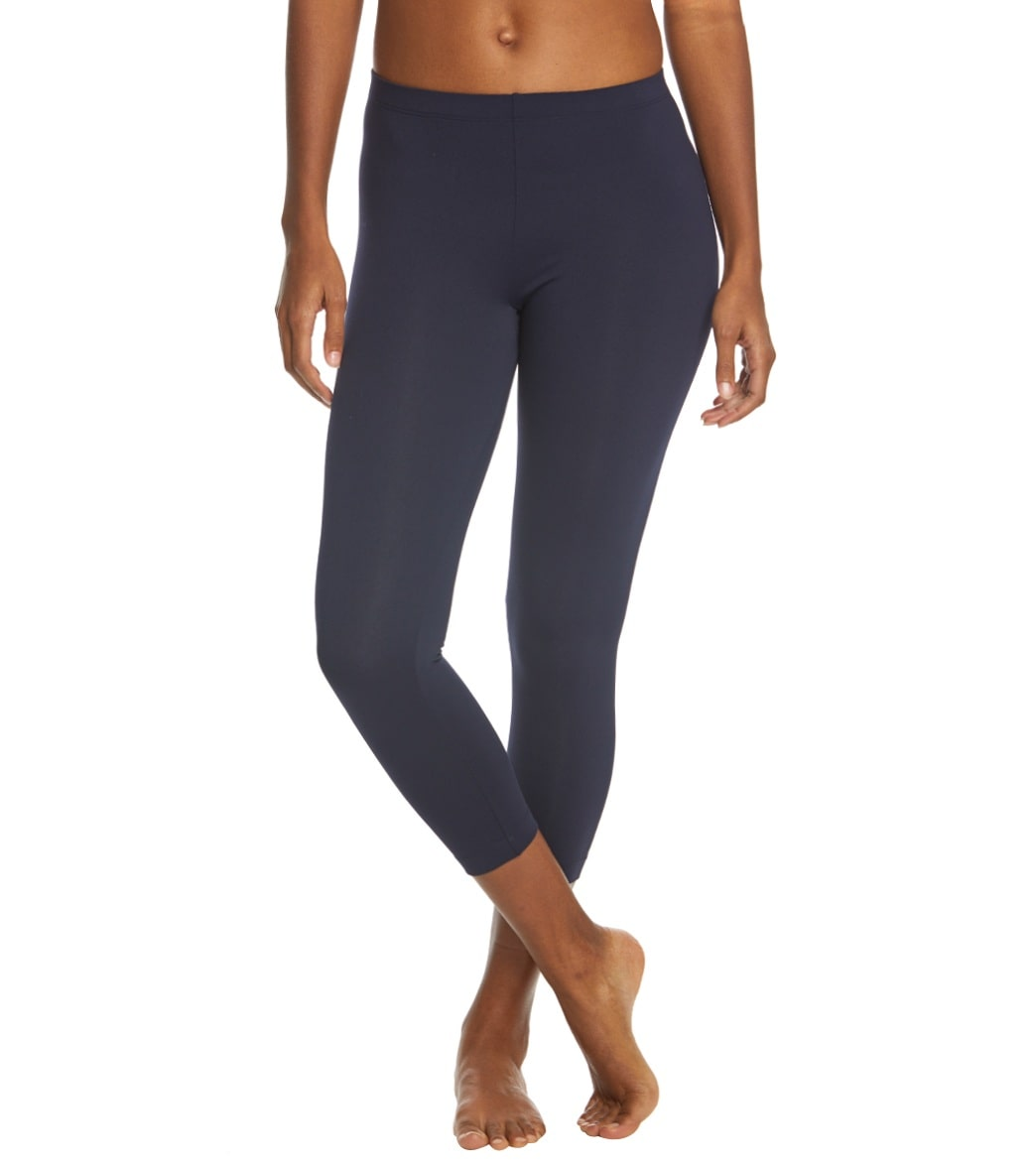 34e26465bbf2b Danskin Body Fit Yoga Capris at YogaOutlet.com