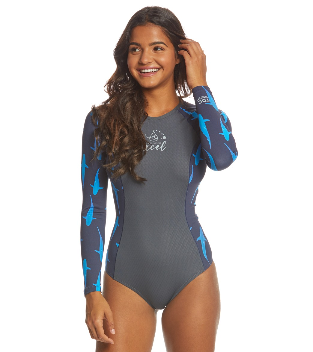 3cd1781bc8 Xcel Women s Ocean Ramsey Drylock Ceilliant Jaquard Long Sleeve Back Zip Spring  Suit at SwimOutlet.com - Free Shipping