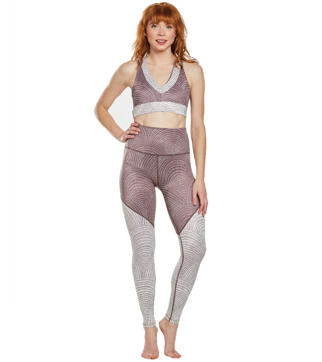69c4fdd7be69c9 Beyond Yoga Lux High Waisted Angled 7/8 Yoga Leggings at YogaOutlet ...