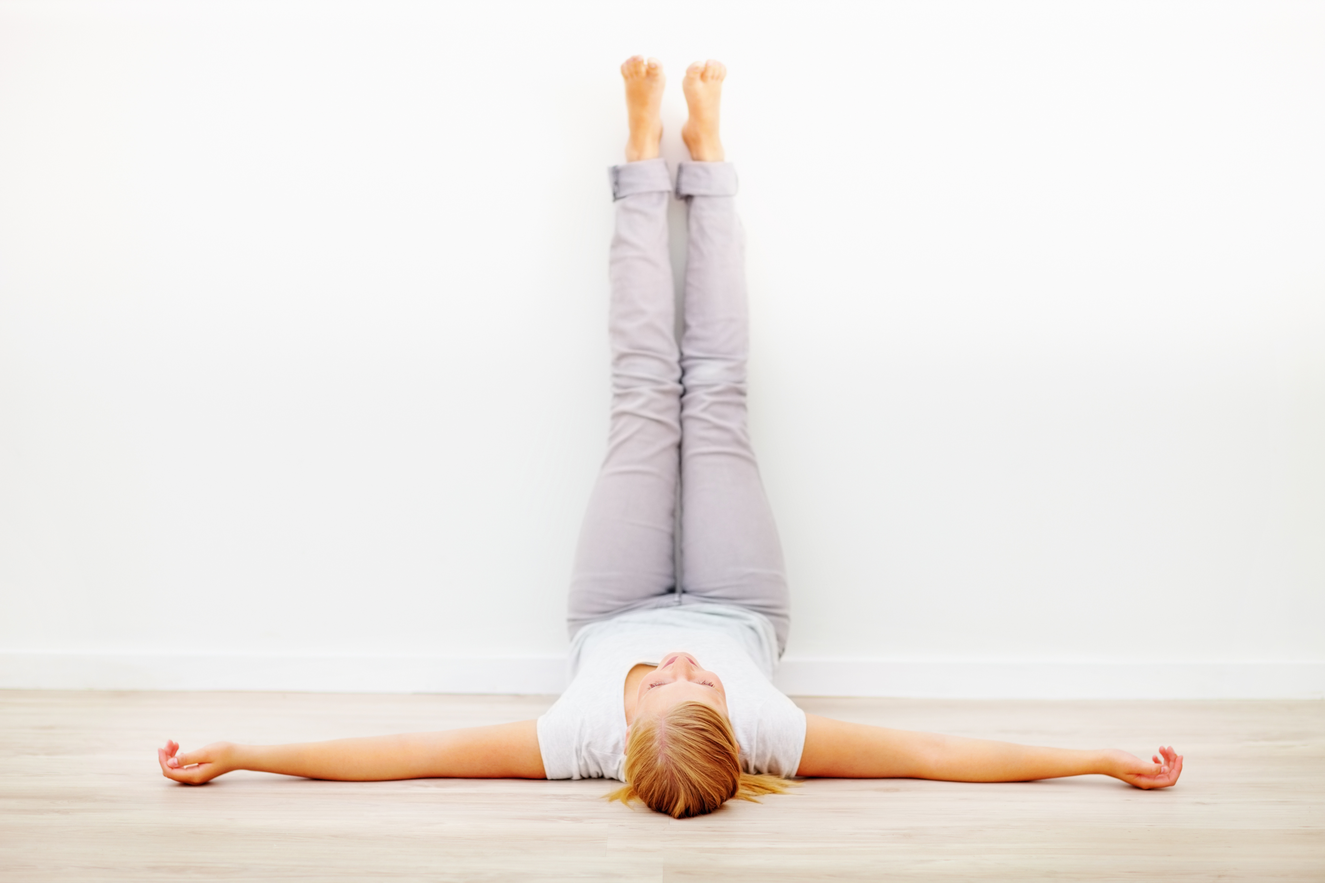 How to Do Legs Up the Wall in Yoga – YogaOutlet.com